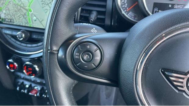 2018 MINI Cooper S 3-door Hatch (Grey) - Image: 17