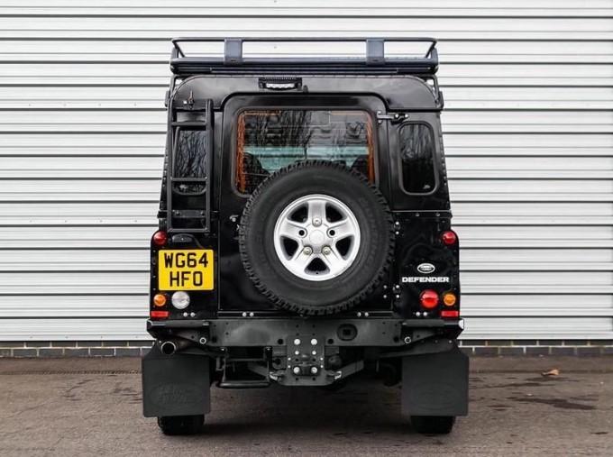 2014 Land Rover D XS (7 Seats) Station Wagon 5-door (Black) - Image: 6
