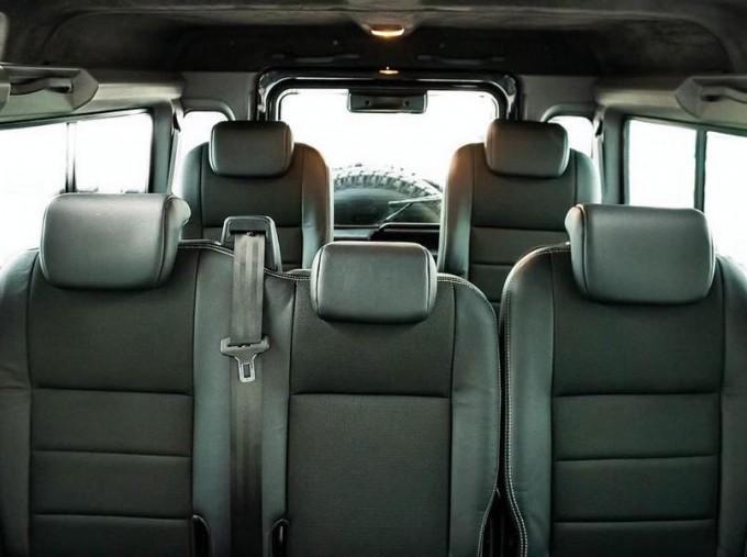 2014 Land Rover D XS (7 Seats) Station Wagon 5-door (Black) - Image: 16