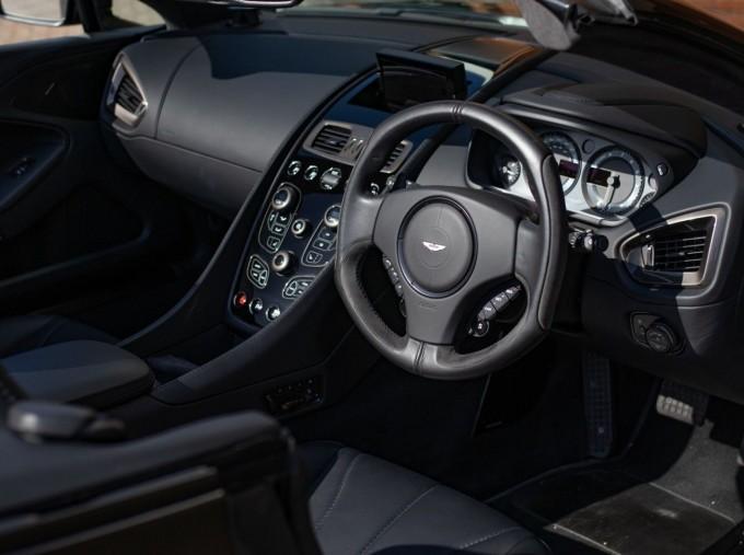 2018 Aston Martin V12 Volante Touchtronic III 2-door (Black) - Image: 5