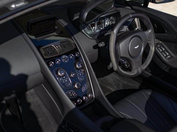 2018 Aston Martin V12 Volante Touchtronic III 2-door (Black) - Image: 10