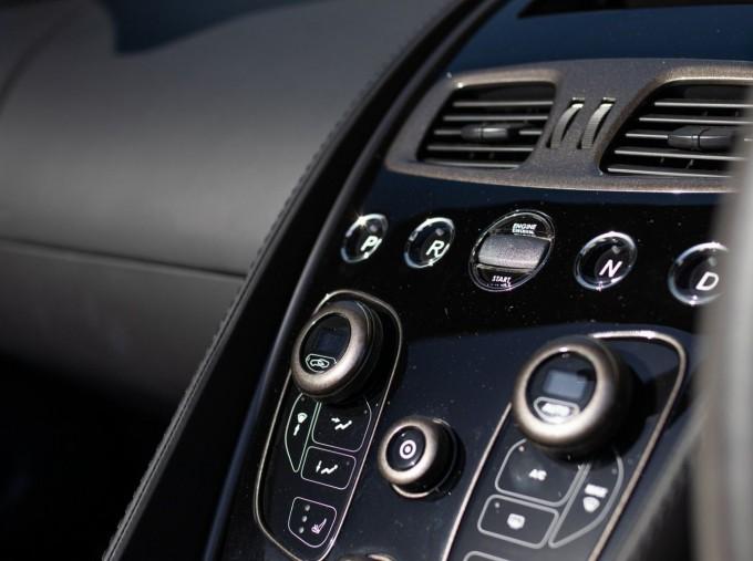 2018 Aston Martin V12 Volante Touchtronic III 2-door (Black) - Image: 12