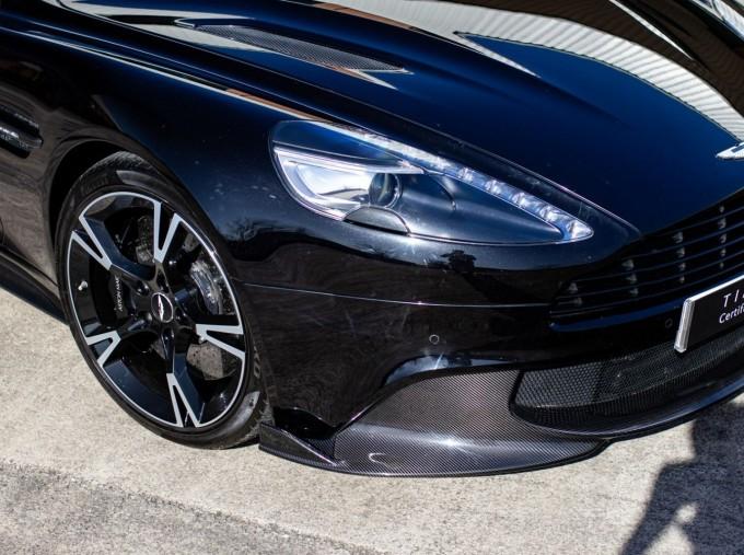 2018 Aston Martin V12 Volante Touchtronic III 2-door (Black) - Image: 20