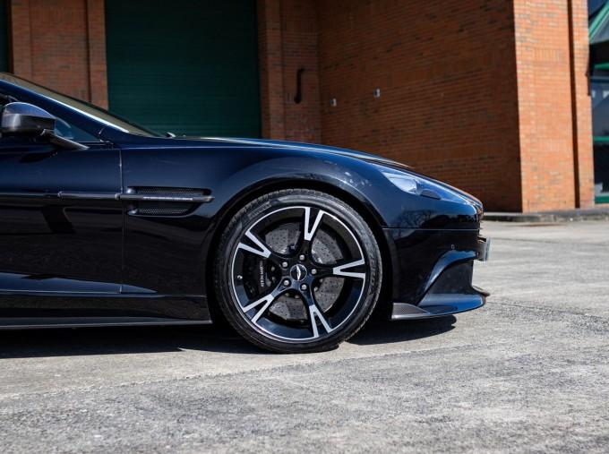 2018 Aston Martin V12 Volante Touchtronic III 2-door (Black) - Image: 21