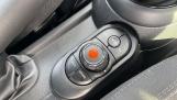 2017 MINI Cooper 3-door Hatch (Silver) - Image: 19