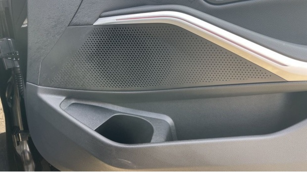 2020 BMW 320d M Sport Saloon (Black) - Image: 20