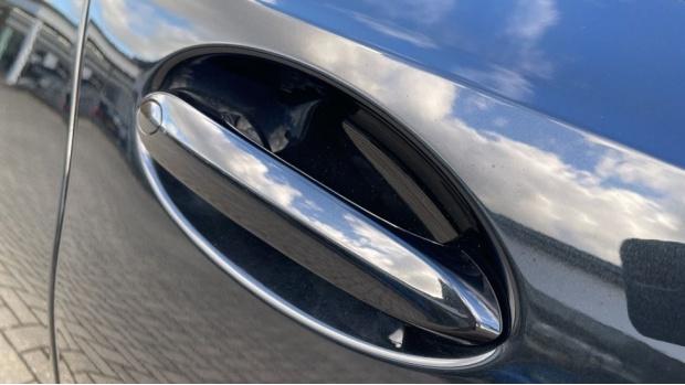 2020 BMW 320d M Sport Saloon (Black) - Image: 24