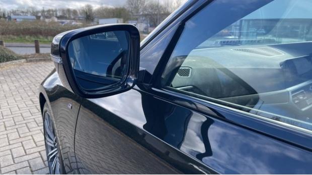 2020 BMW 320d M Sport Saloon (Black) - Image: 32