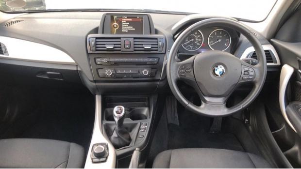 2013 BMW 120d XDrive SE 5-door (Black) - Image: 4