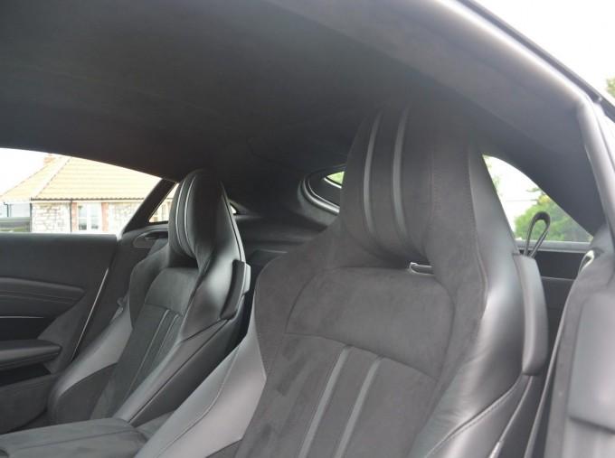 2019 Aston Martin V8 Auto 2-door (White) - Image: 4