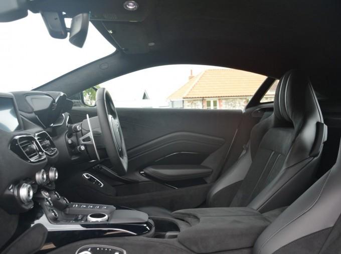 2019 Aston Martin V8 Auto 2-door (White) - Image: 6