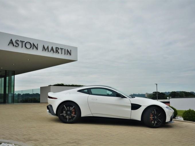 2019 Aston Martin V8 Auto 2-door (White) - Image: 19