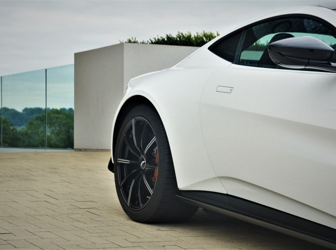 2019 Aston Martin V8 Auto 2-door (White) - Image: 23