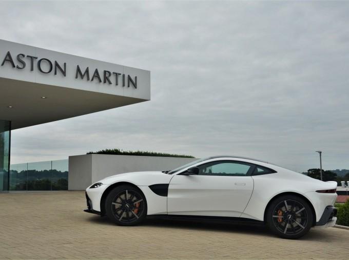 2019 Aston Martin V8 Auto 2-door (White) - Image: 28