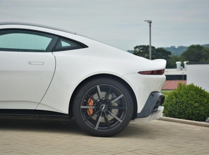 2019 Aston Martin V8 Auto 2-door (White) - Image: 30