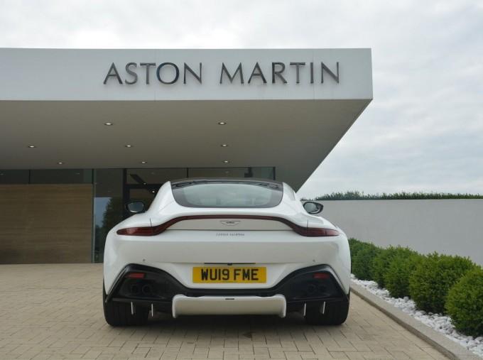 2019 Aston Martin V8 Auto 2-door (White) - Image: 31