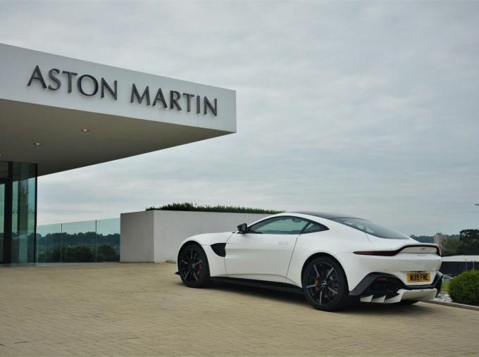 2019 Aston Martin V8 Auto 2-door (White) - Image: 34