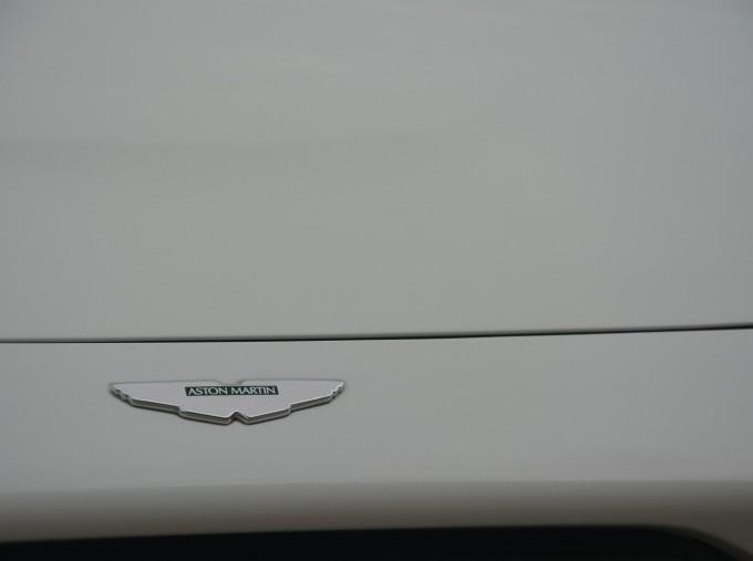2019 Aston Martin V8 Auto 2-door (White) - Image: 41