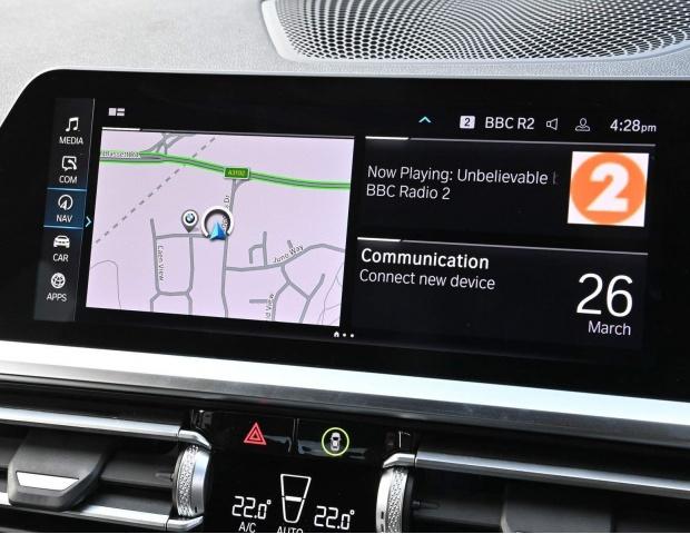 2021 BMW 330e 12kWh M Sport Auto xDrive 4-door (White) - Image: 12