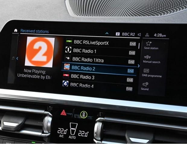 2021 BMW 330e 12kWh M Sport Auto xDrive 4-door (White) - Image: 14