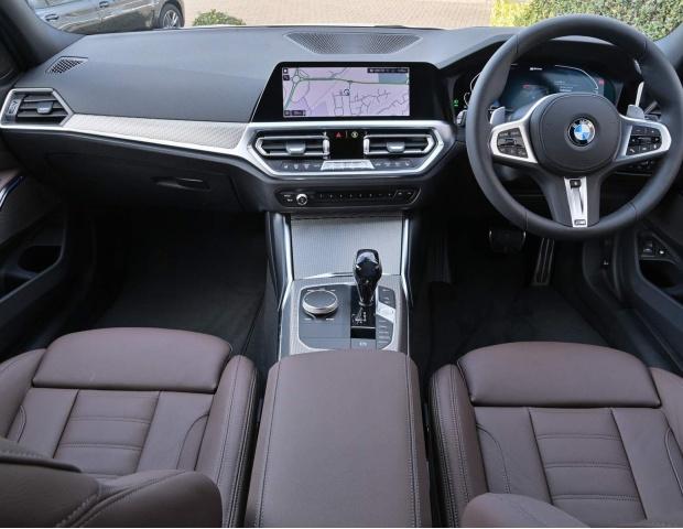 2021 BMW 330e 12kWh M Sport Auto xDrive 4-door (White) - Image: 25