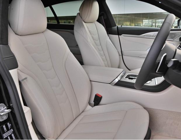 2021 BMW 840i M Sport Gran Coupe Steptronic 4-door (Black) - Image: 9
