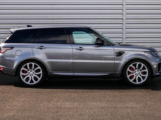 2019 Land Rover SD V8 Autobiography Dynamic Auto 4WD 5-door (Grey) - Image: 5