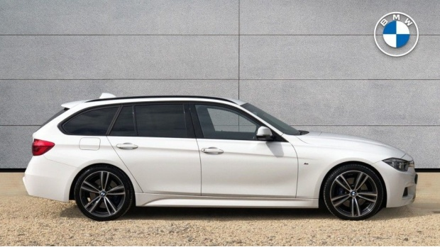 2017 BMW 320d M Sport Touring (White) - Image: 3