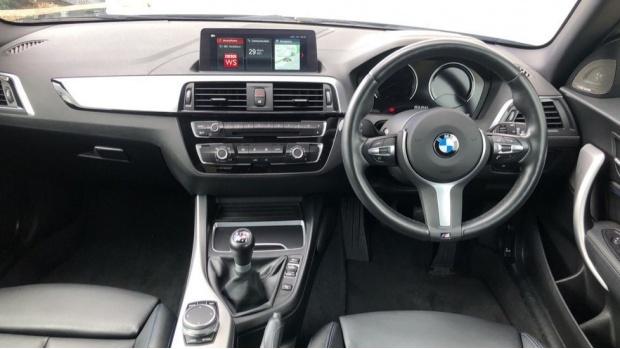 2019 BMW 118i M Sport Shadow Edition 3-door (Black) - Image: 4