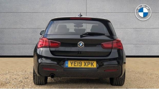 2019 BMW 118i M Sport Shadow Edition 3-door (Black) - Image: 15