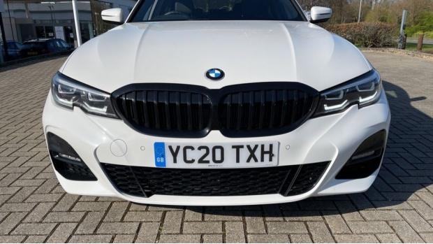 2020 BMW 330i M Sport Saloon (White) - Image: 28