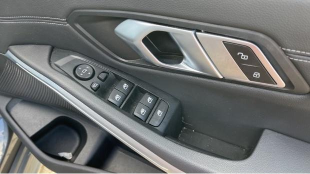 2020 BMW 330i M Sport Saloon (Grey) - Image: 37