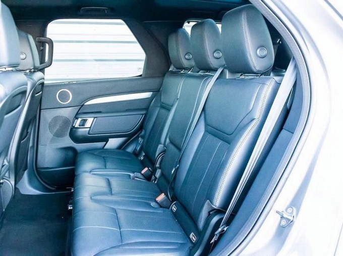 2019 Land Rover SD V6 Landmark Edition Auto 4WD 5-door (Grey) - Image: 4
