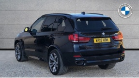 2018 BMW XDrive30d M Sport (Black) - Image: 2