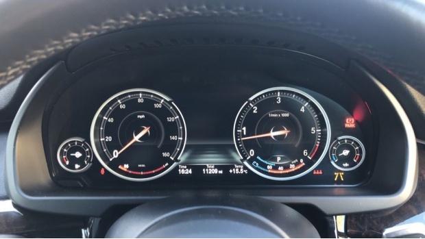 2018 BMW XDrive30d M Sport (Black) - Image: 9
