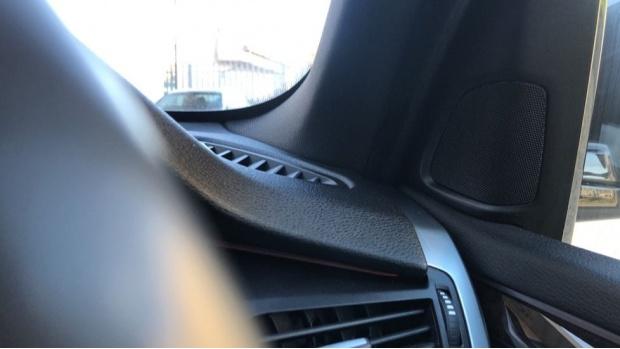 2018 BMW XDrive30d M Sport (Black) - Image: 20