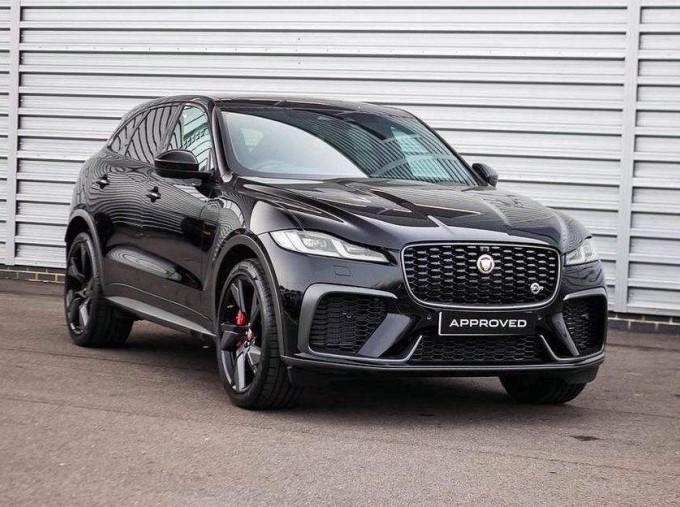 2021 Jaguar V8 SVR Quickshift 5-door (Black) - Image: 1
