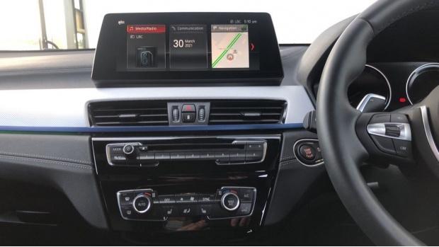 2019 BMW M35i (Blue) - Image: 8