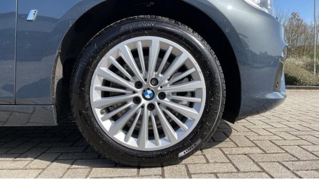 2017 BMW 225xe iPerformance Luxury Active Tourer (Grey) - Image: 14