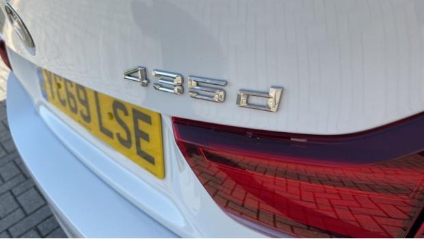 2019 BMW 435d xDrive M Sport Coupe (White) - Image: 33