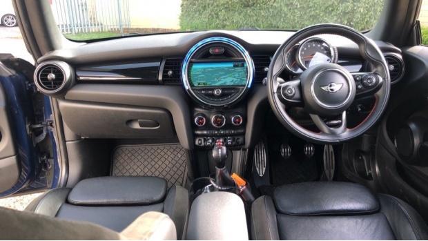 2015 MINI Cooper S 3-door Hatch (Blue) - Image: 4