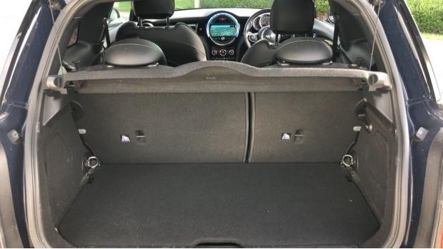 2015 MINI Cooper S 3-door Hatch (Blue) - Image: 13