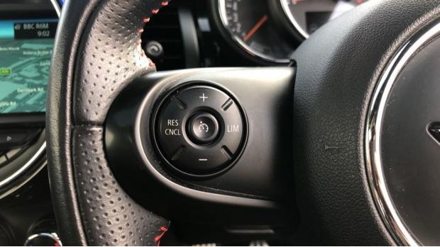2015 MINI Cooper S 3-door Hatch (Blue) - Image: 17