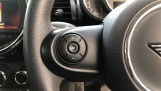 2018 MINI 3-door Cooper Classic (Silver) - Image: 17