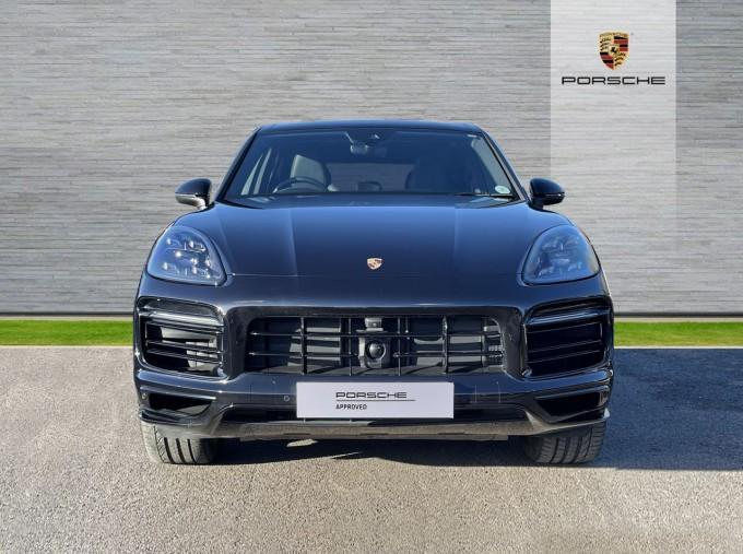 2019 Porsche V6 Tiptronic 4WD 5-door (Black) - Image: 6