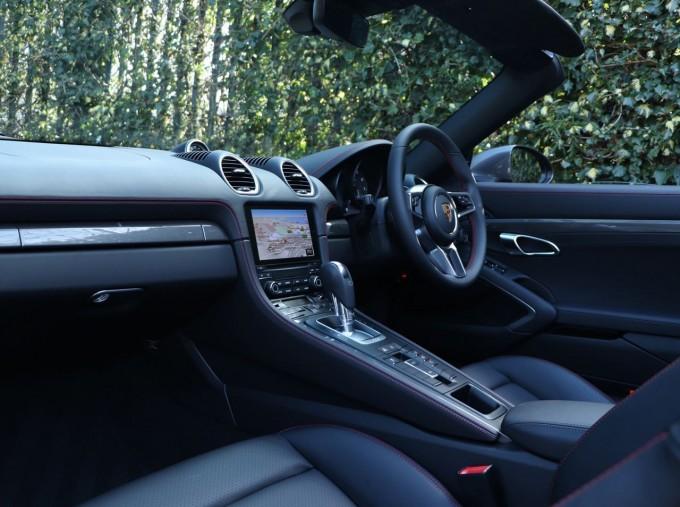 2021 Porsche PDK 2-door (Grey) - Image: 3