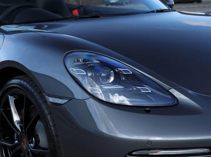 2021 Porsche PDK 2-door (Grey) - Image: 23