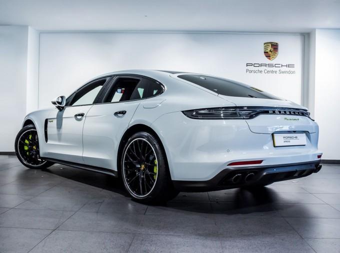 2021 Porsche V6 E-Hybrid 14kWh 4 PDK 4WD 4-door (White) - Image: 2