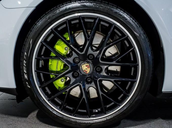 2021 Porsche V6 E-Hybrid 14kWh 4 PDK 4WD 4-door (White) - Image: 4