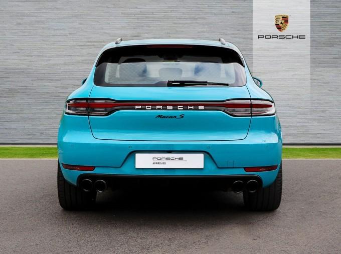 2020 Porsche V6 S PDK 4WD 5-door (Blue) - Image: 7